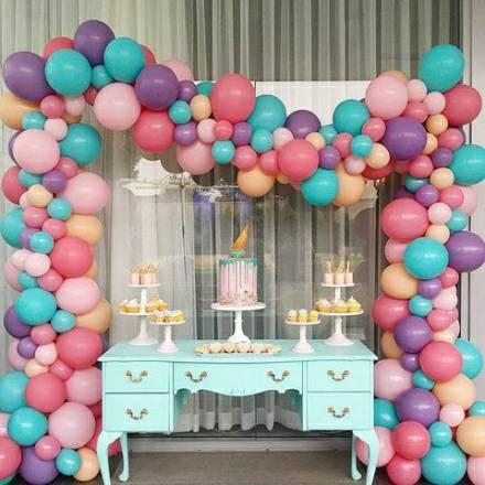 Фото 26 - Чарівна гірлянда з кульок.